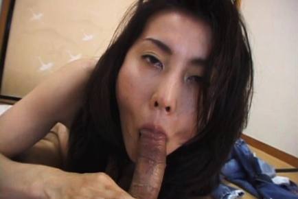Saori Hot mature Asian doll has sex on top