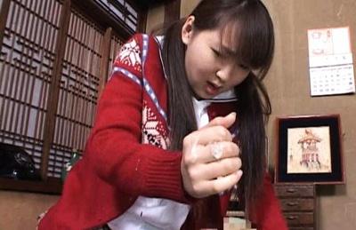 Shiori Kohinata Asian model gives sensual blowjob