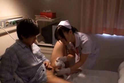 Big boobed Japanese babe has sex