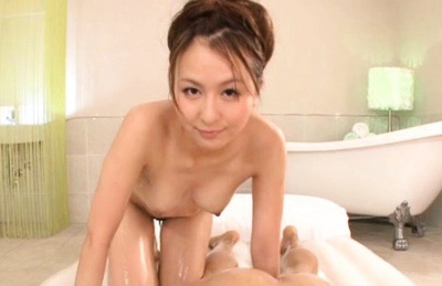 Jesscia Kizaki rides cock like crazy