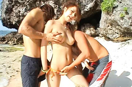 Hot Threesome On The Beach With Reina Matsushima