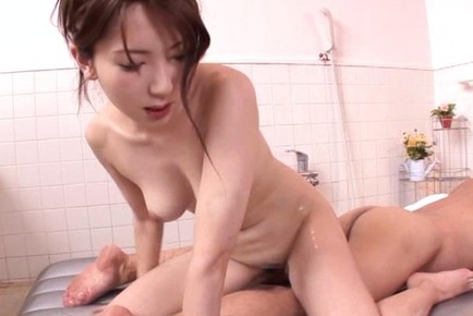 Soapy MILF Yui Hatano rubs him down and fucks him well