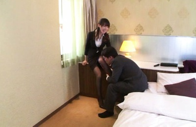 Hot MILF Meisa Chibana can´t stop dick riding