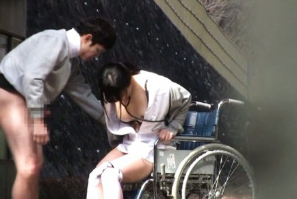 Delicious Japanese nurse treats her patient by riding his dick