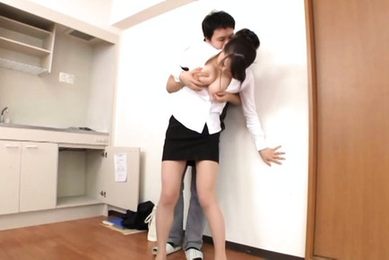 Juicy Asian office lady Ki Hanyuu gets fucked by a horny visitor