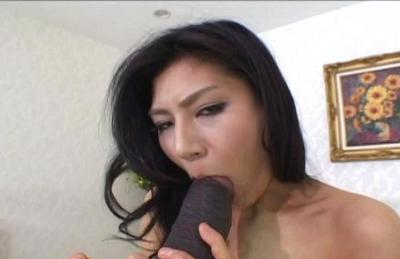 Chie Asada Asian lingerie model gets off on a big dildo