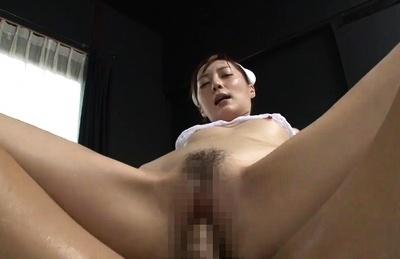 Fuyutsuki Kaede squirts when she gets bonked