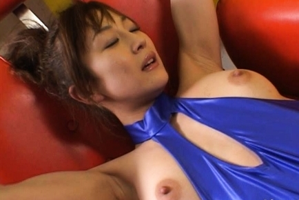 Race Car Cutie Mako Katase Tries Out some New Sex Toys